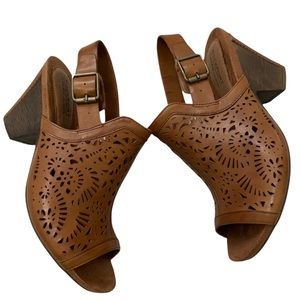 Rockport Cobb Hill Collection Leather Tropez-Cut-Out Slingback Clog Heels 10M